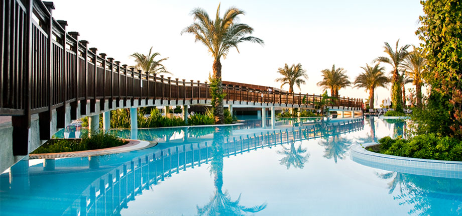 Sejur Antalya Liberty Hotels Lara 5***** All inclusive zbor charter cu taxe incluse