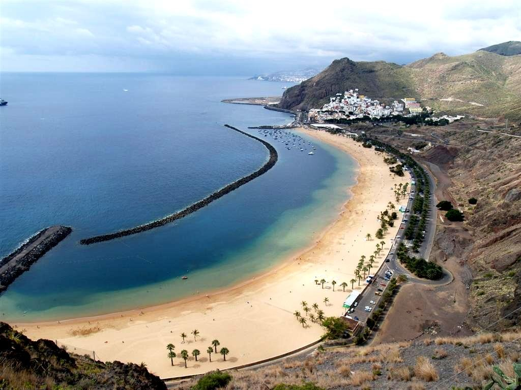 Honeymoon pe plaja in  Tenerife Blue Sea Interpalace 4****  Mic Dejun zbor direct cu taxe incluse