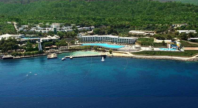 Sejur Bodrum 5*****  Hotel Club Blue Dreams All Inclusive zbor charter cu taxe incluse