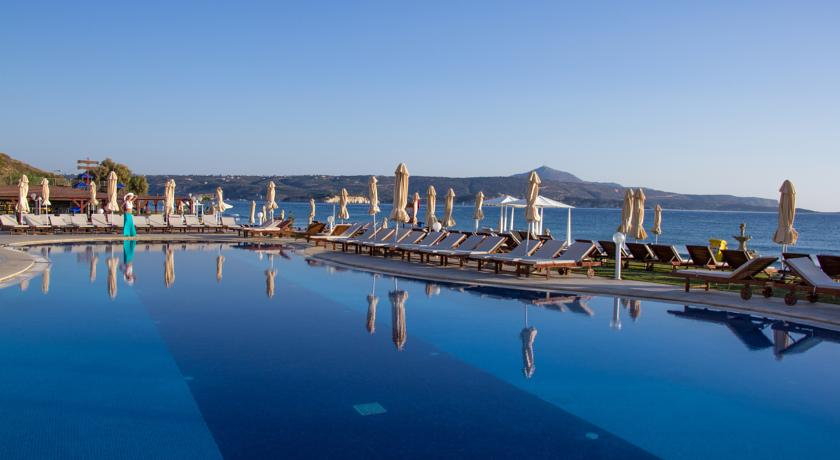 Sejur Insula Creta 5***** Kiani Beach Family Resort- All Inclusive zbor  Charter cu taxe incuse