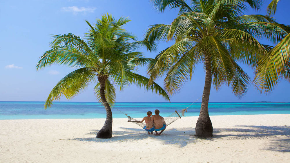 Honeymoon Exotic Maldive 2018 Kuredu Island Resort and Spa 4**** All inclusive zbor  din Otopeni cu taxe incluse