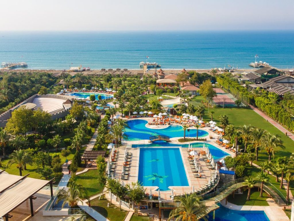 Early Booking Antalya 2019 Hotel Sherwood Breezes Resort 5***** Ultra all inclusive Zbor charter din Otopeni cu toate taxele incluse